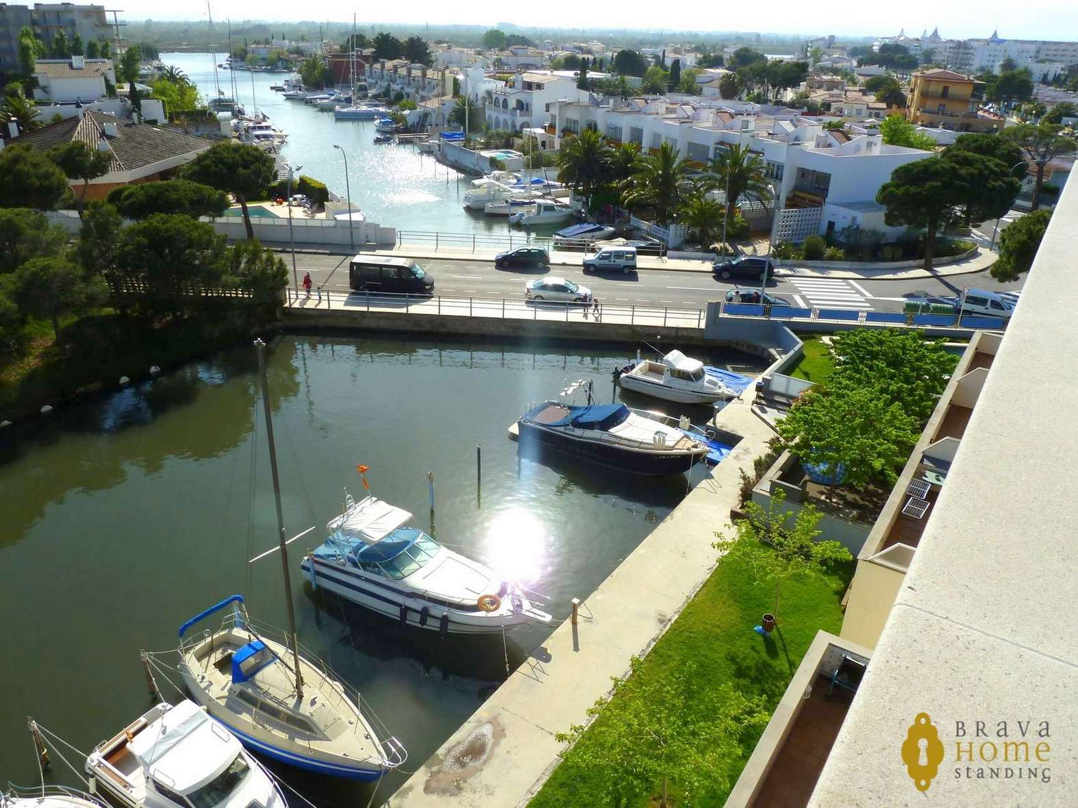 Nice top floor apartment close to the beach of Santa Margarita
