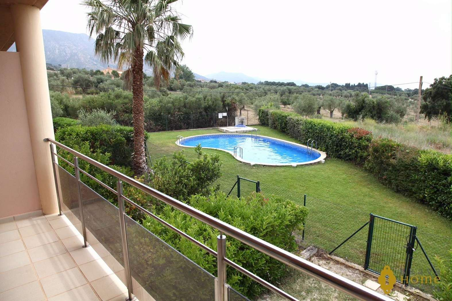 Duplex apartment with pool for sale in Palau Saverdera (Costa Brava)