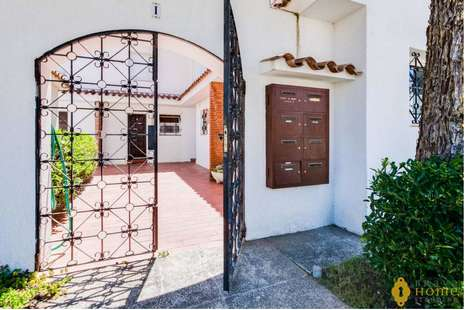 Exceptional house with mooring before the bridges, for sale in Empuriabrava