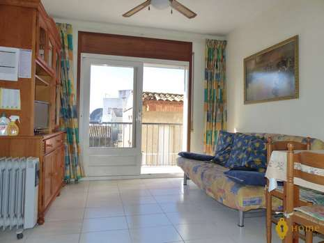 Cozy apartment in the center of Rosas for sale