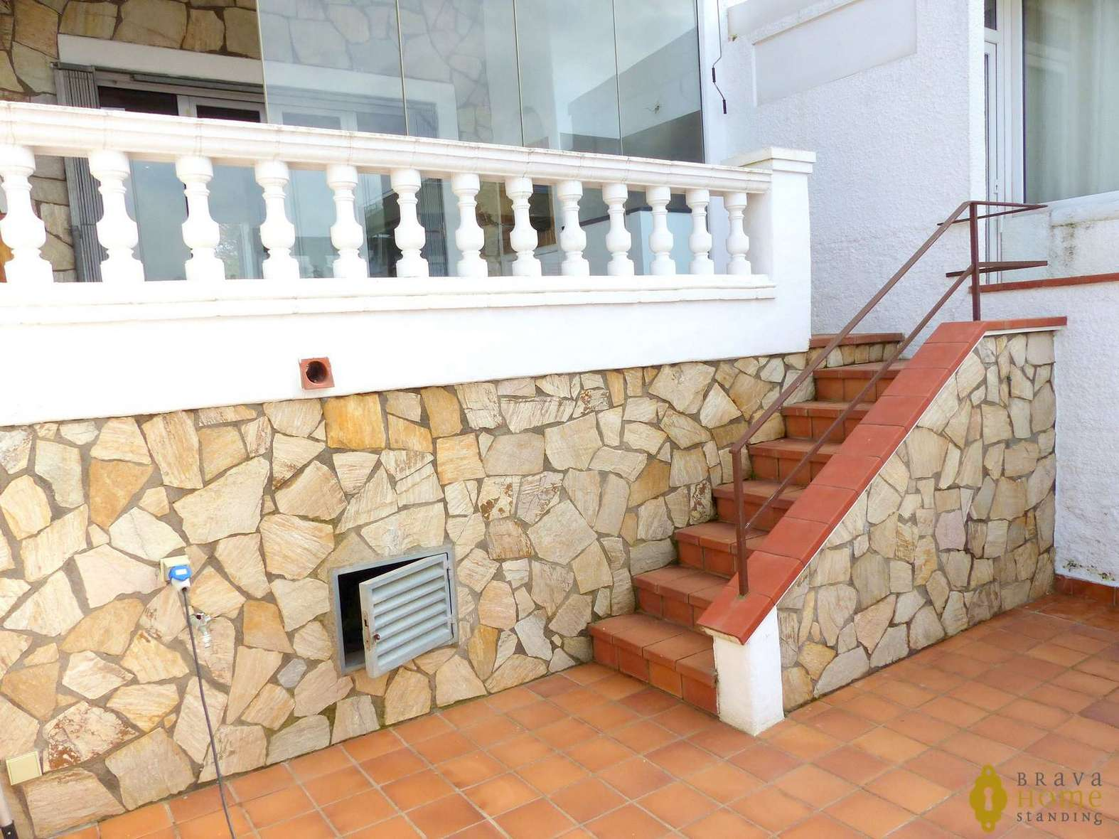 Magnificent house with mooring, for sale in Empuriabrava
