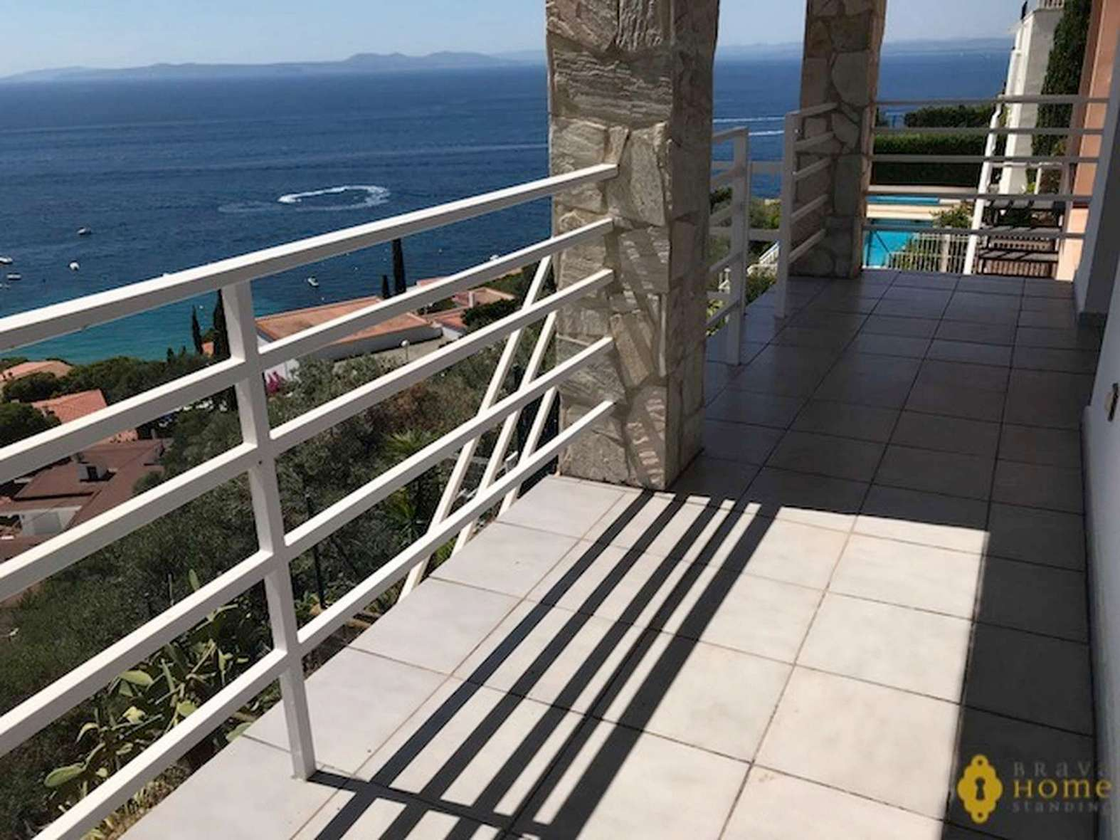 Beautiful house with splendid sea view, for sale in Rosas - Almadrava