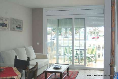 Nice house for sale with mooring in Empuriabrava