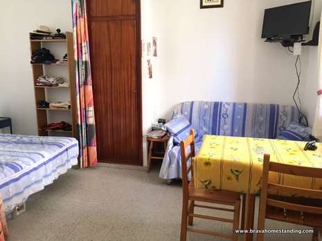Studio with parking at 100m from the beach for sale in Rosas - Santa Margarita