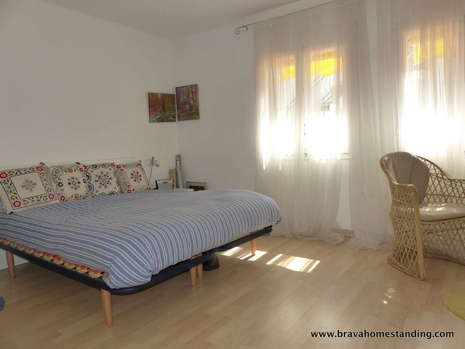 Beautiful apartment at 20m from the beach of Canyelles for sale