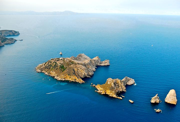 The Medes Islands